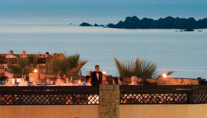 romantisches wochenende auf sardinien angebote vom hotel marinedda f r das ehepaar. Black Bedroom Furniture Sets. Home Design Ideas